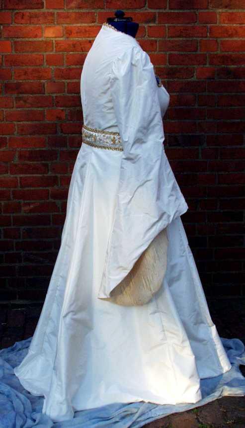 Fantasy wedding dress – Naergi\'s Costuming Site
