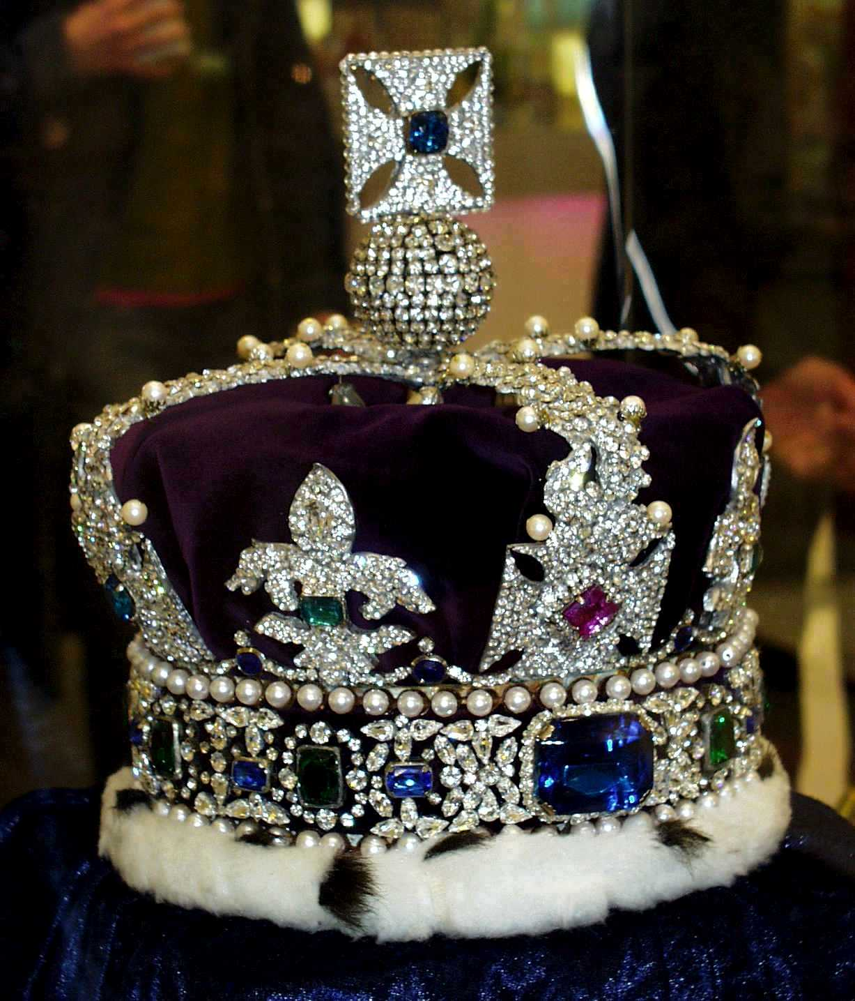 The crown jewels moreover Showthread additionally YnJpdGlzaCBjcm93biAgamV3ZWxz also Claddagh Ring additionally Austrian Crown Jewels At The Schatzkammer Vienna Austria. on prussian crown jewls