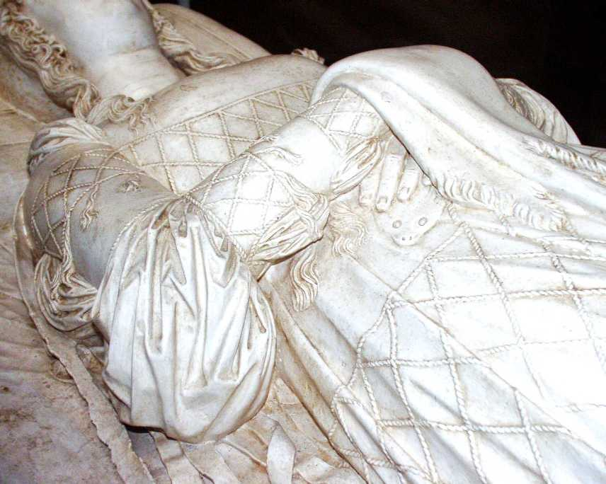 Beatrice D Este S Tomb Naergi S Costuming Site