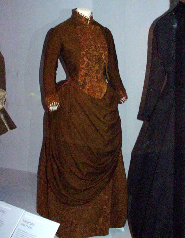 victorian clothing. Victorian clothing page.