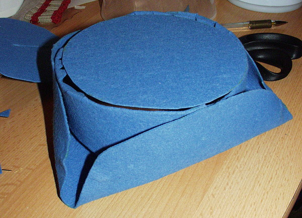 How to make a tricorn hat naergis costuming site pronofoot35fo Image collections