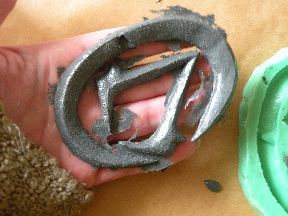How to make molds and cold cast metal | Naergi's Costuming Site