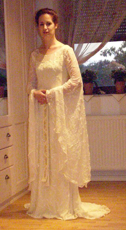 Galadriel's Mirror Dress by Naergi